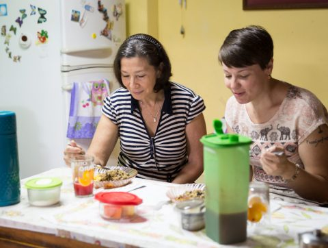 tico lingo homestay mom with student